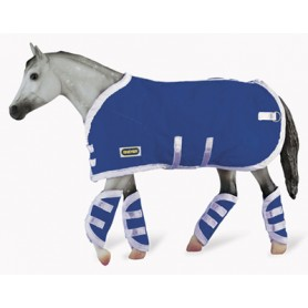 Breyer 3947 - Blue Blanket & Shipping Boots (Manta Y Protectores Azules) - Colección Traditional