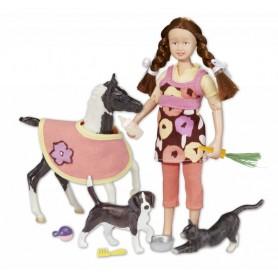 Breyer 61047/591061 - Pet Sitter Set (Muñeca, Potrillo Y Animales) - Colección Classics
